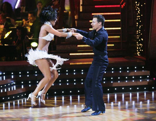 ABC_DANCING_STARS_060227_ssh.jpg
