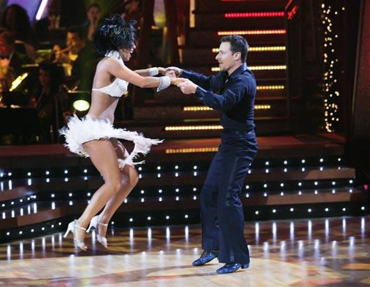 ABC_DANCING_STARS_060227_ssh.jpg
