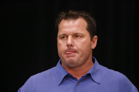 roger_clemens_press_conference_article.jpg