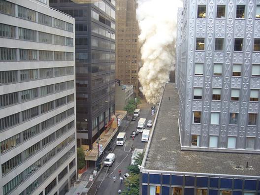 steam pipe explosion-thumb.jpg