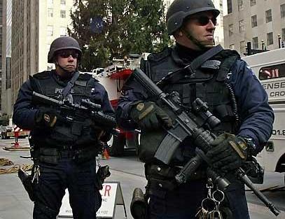 armed.police.jpg