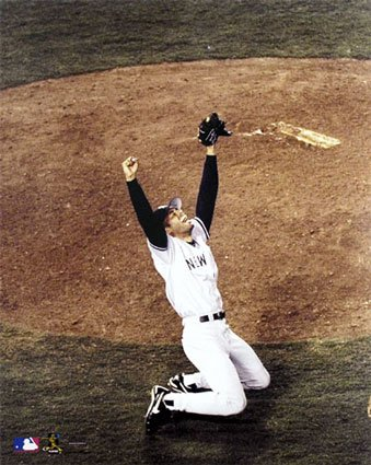 Mariano-Rivera---New-York-Yankees-1998-World-Series-Celebration-Photograph-C10103731.jpeg