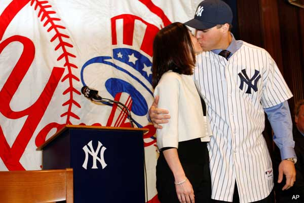 mark.leigh.kiss.jpg