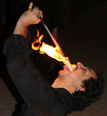 fire_eater2.jpg