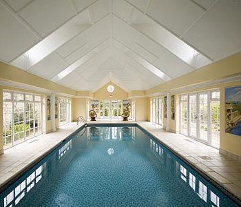 swimming-pool_525.jpg
