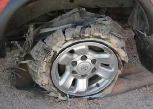 Tire_blowout_without_TPMS.jpg