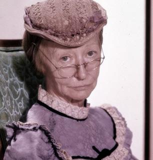 Granny-Clampett.jpg