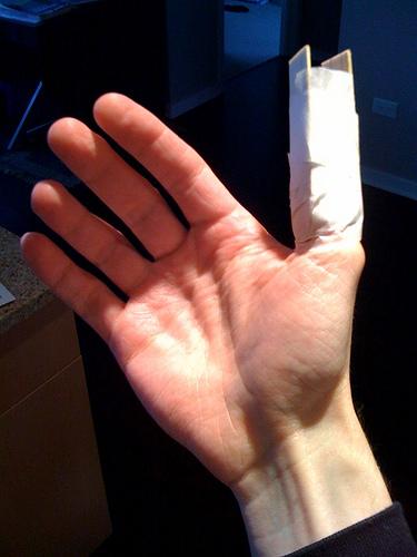 broken.thumb.jpg