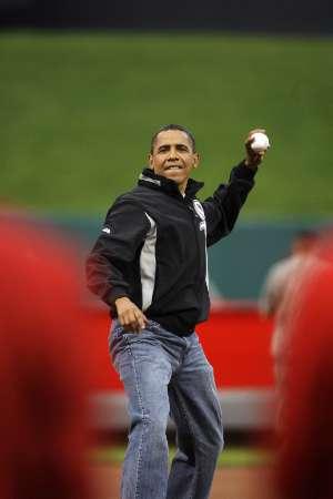 obama.throw.jpg