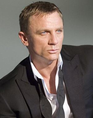 Daniel_Craig-1-Quantum_of_Solace-James_Bond.jpg