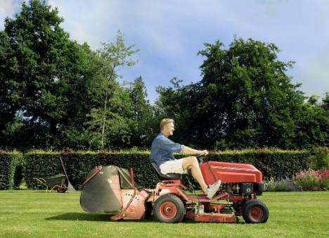 mowing.lawn.jpg