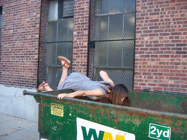 dumpster-dive_pic_web.jpg