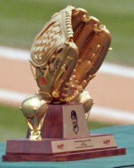 Gold_glove_award_eric_chavez.jpg