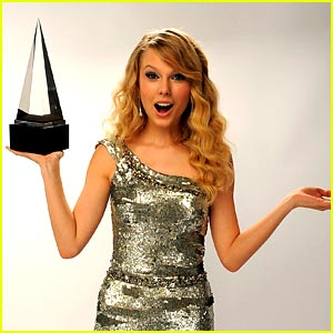 taylor-swift-ama-nominations.jpg