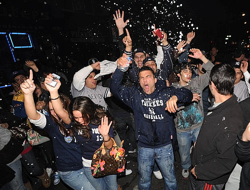 Yankees win the World Series-013934--500x380.jpg
