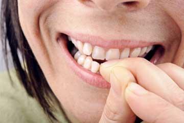 bite-nails-1.jpg