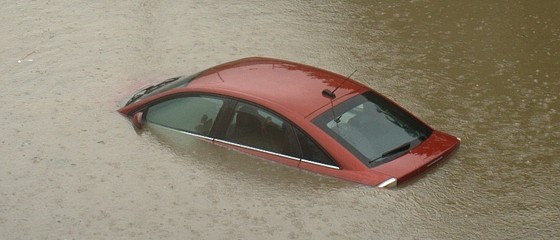 car-in-flood-560x240.jpg
