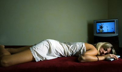 woman.asleep.TV2.jpg