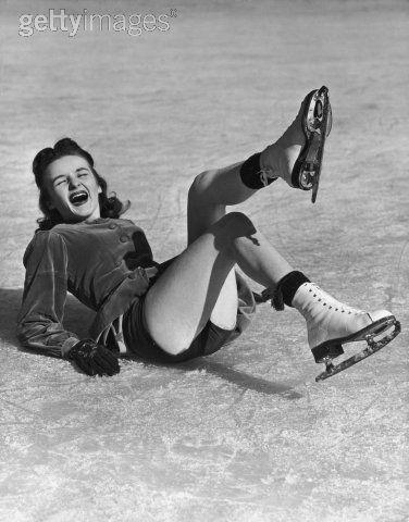 skater.falls.jpg