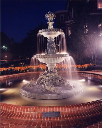 fountain72.jpg