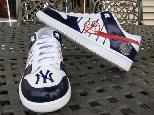yankees.shoes.jpg