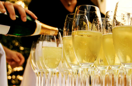 Glasses-of-Champagne460x300.jpg