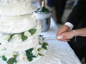 cutting-picture-cake.jpg