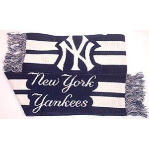 Yankees.scarf.jpg
